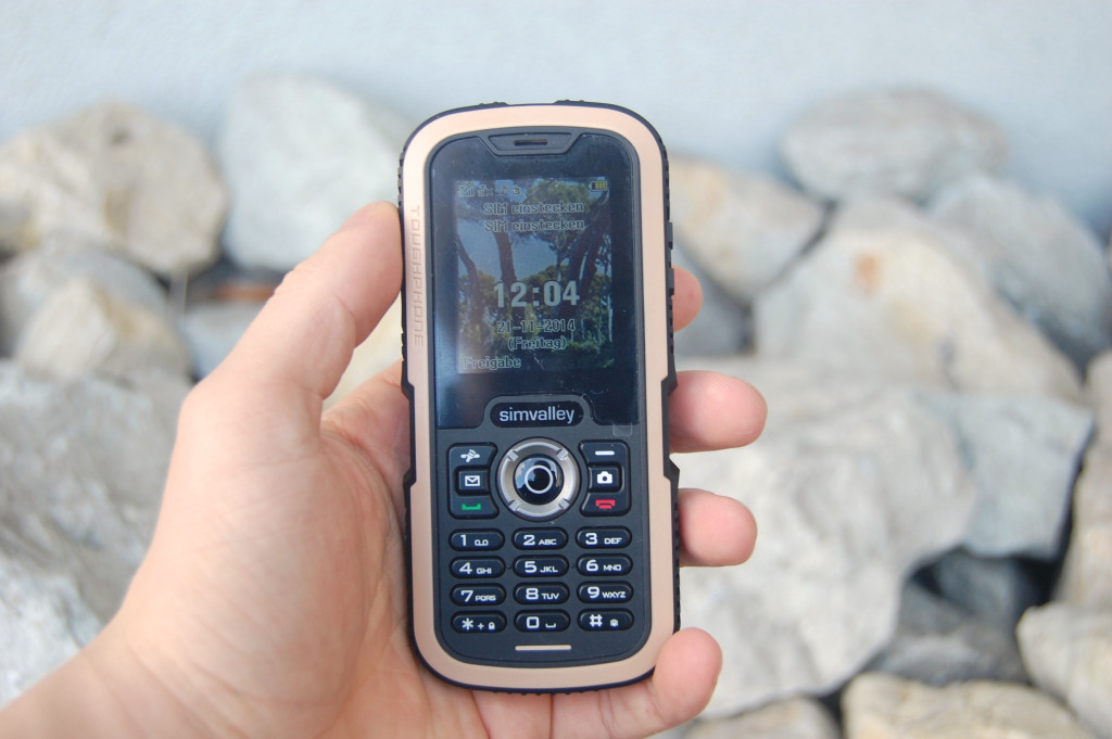simvalley MOBILE XT-640 in der Hand